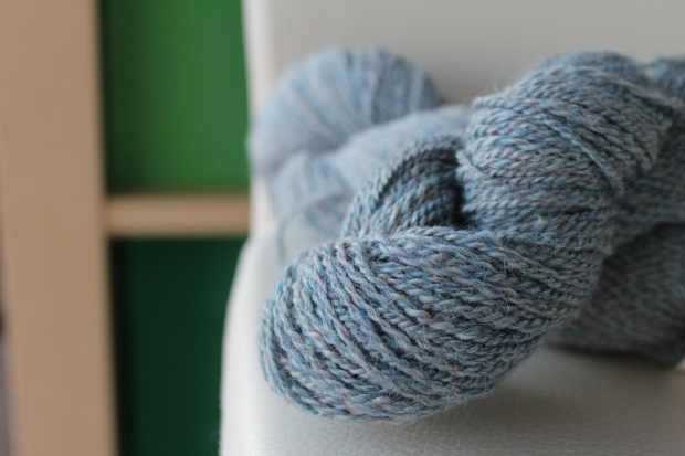 Skein of blue tweed yarn