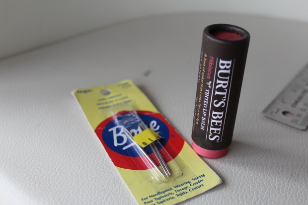 Lip gloss box into needle case