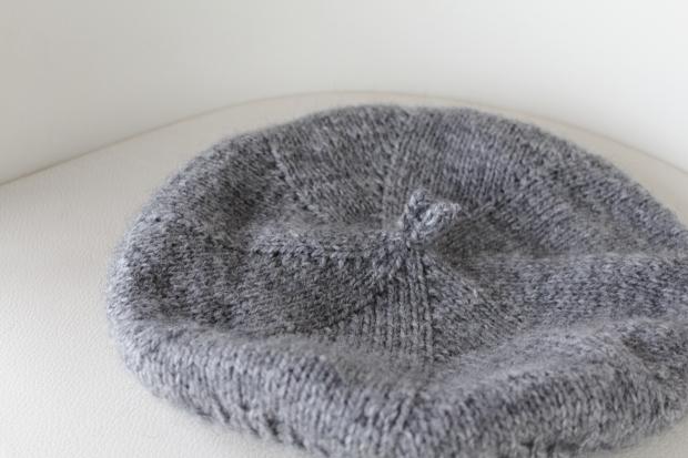Large gray tam