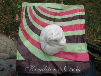 Konditor and Cook Meringue, 2010