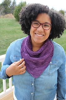 Image of Rebecca Mackenzie wearing her Aperture Cowldana outside, image copyright Rebecca Mackenzie