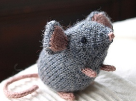 Image of knitted Mousie toy by Ysolda Teague, image copyright Ysolda Teague